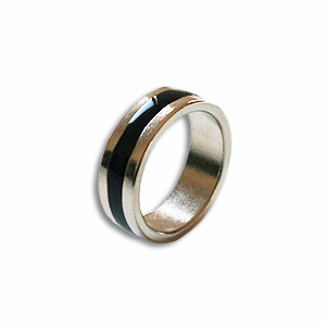 Magnetic Ring  Silver/ Black 18mm - Flat Band